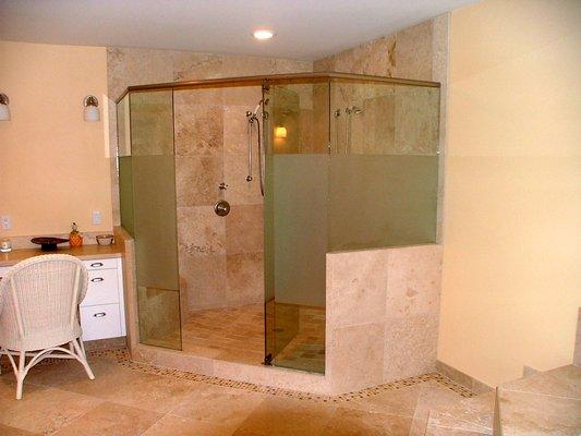 shower built in (2)
