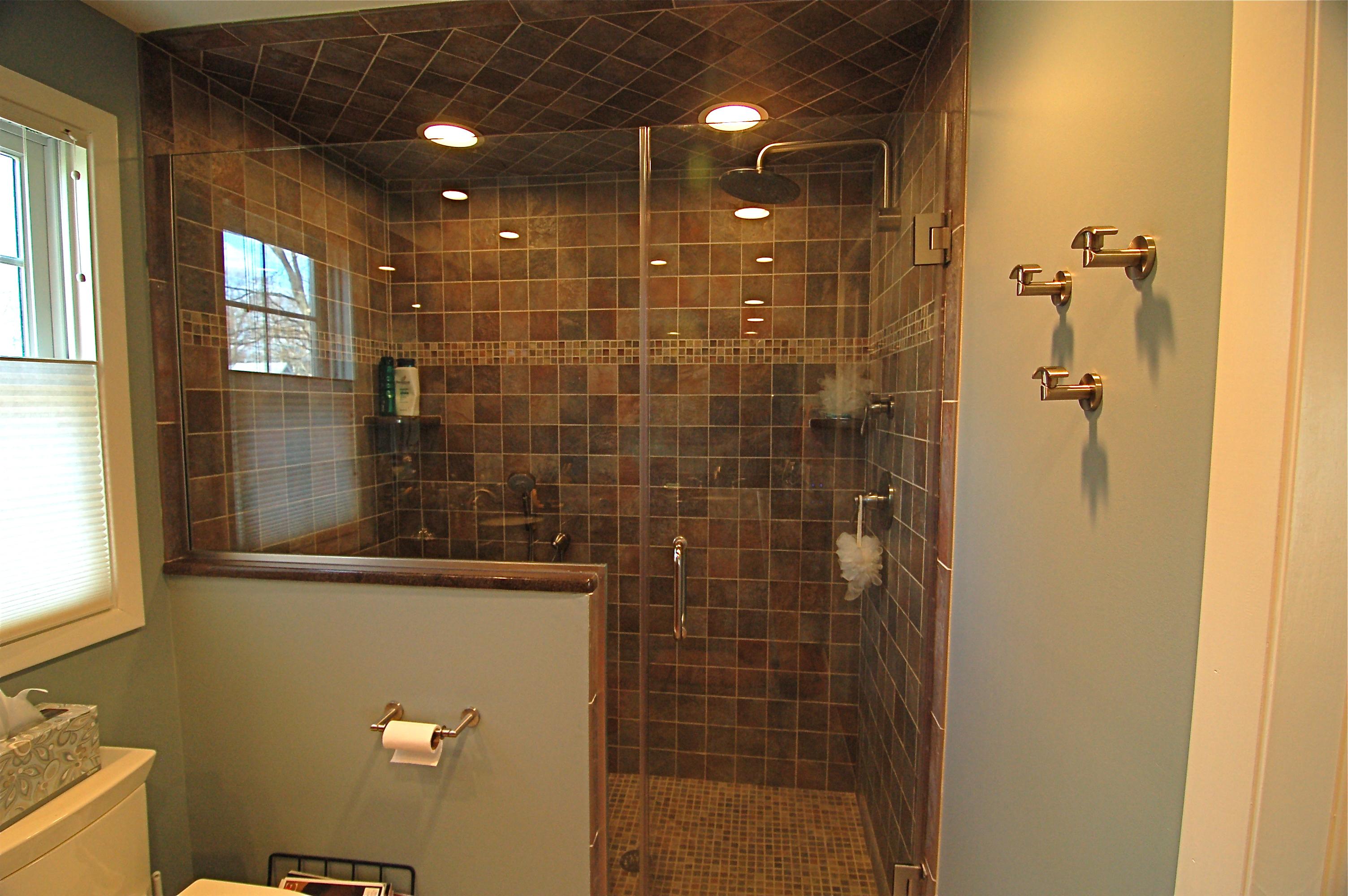 shower built in