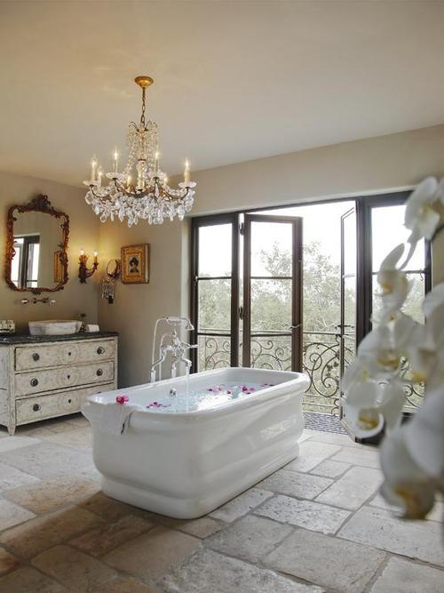 bath-chandelier