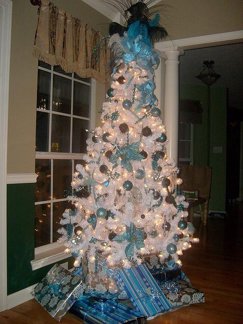 blue tree4
