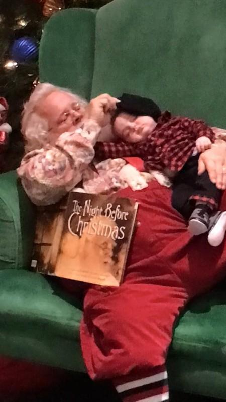 santa sleeps