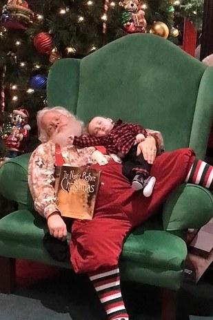 sleepy_santa_1