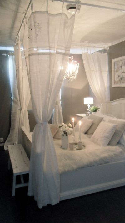 romance_in_bedroom (8)